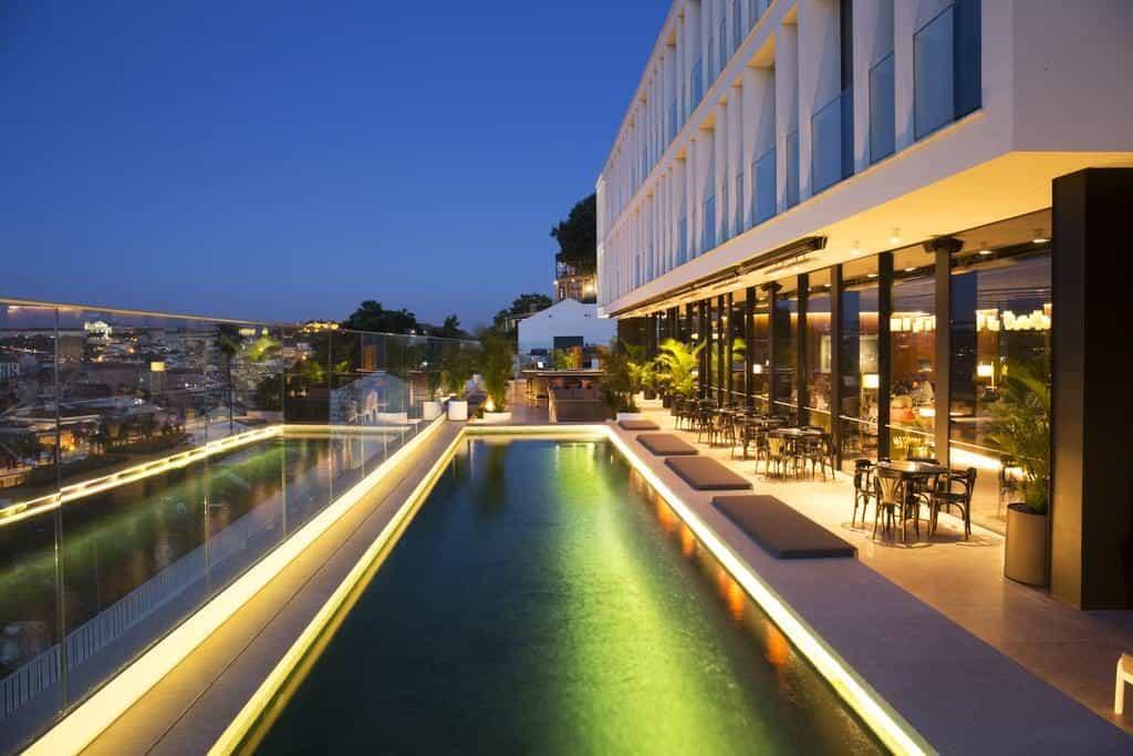 Hotel de luxe Memmo Principe Real Lisbonne piscine