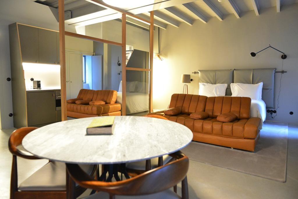 Hotel Romantique Raw Culture Lisbonne chambre